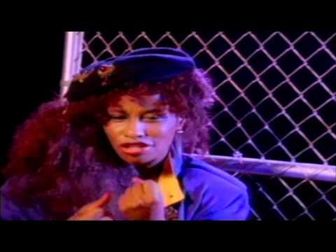 Chaka Khan - I Feel For You (ft. Melle Mel) [HQ Video] - YouTube