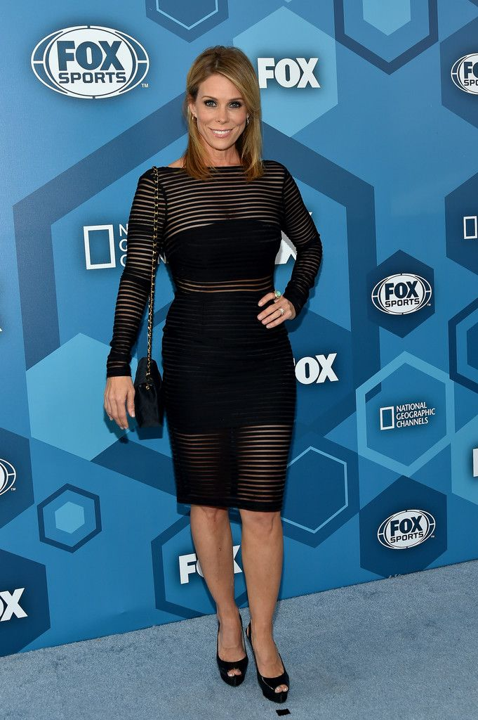 Cheryl Hines Photos - Cheryl Hines attends FOX 2016 Upfront at Wollman Rink on May 16, 2016 in New York City. FOX 2016 Upfront - Red Carpet