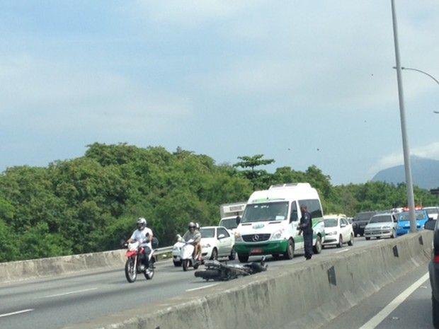 CONEXÃO BOMBEIRO : Mulher que pilotava moto tem cabeça decepada em ac...