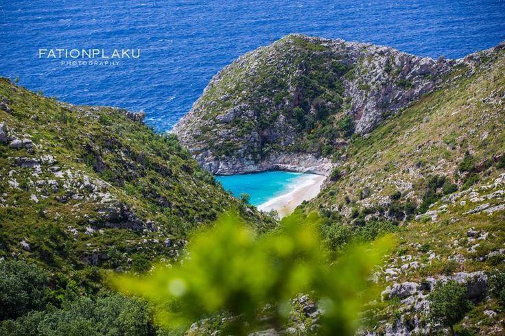 Grama Bay. Karaburun Peninsula