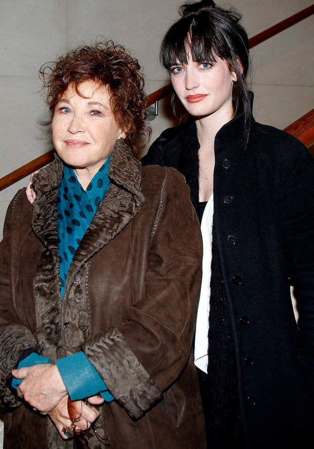 Marlène Jobert et Eva GreenSi Marlène Jobert est une actrice de renom en France, sa fille Eva Green (35 ans) a réussi à l'international avec notamment un jolie rôle de James Bond Girl en 2006 dans Casino Royal.