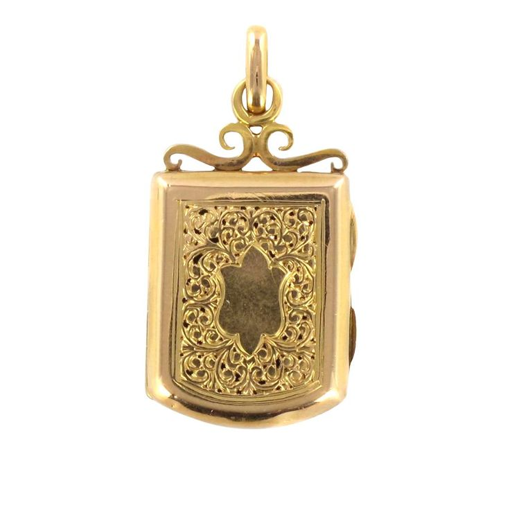 Médaillon ancien en or. Ravissant, ce genre de pendentif de petite taille était souvent assortie à une chaîne de montre.