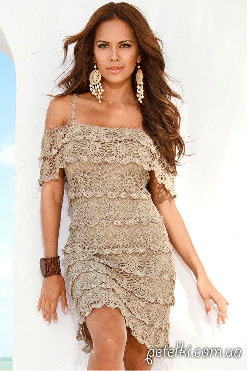 Вязаное платье крючком от