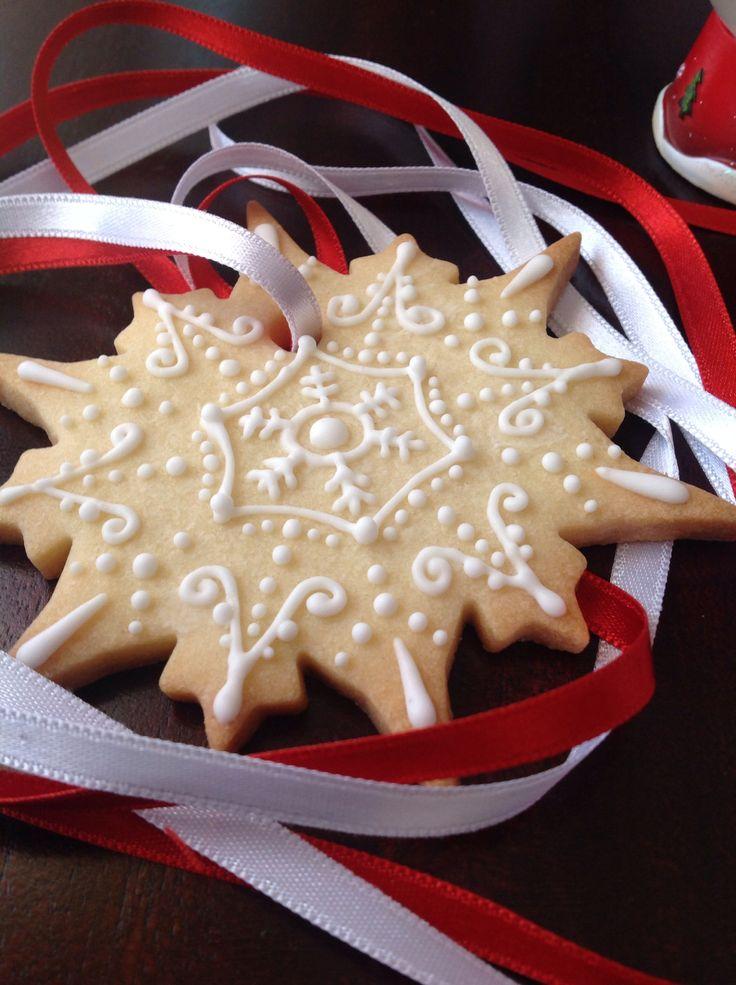 Icing Snowflake Cookie
