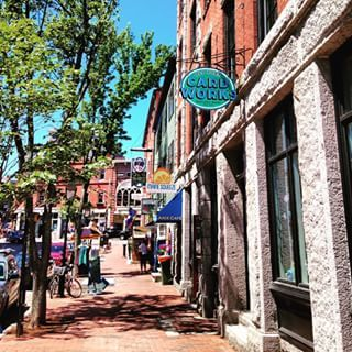36. The cute shops at the Old Port. | 39 Amazing Things That Will Make You Fall In Love With Portland, Maine