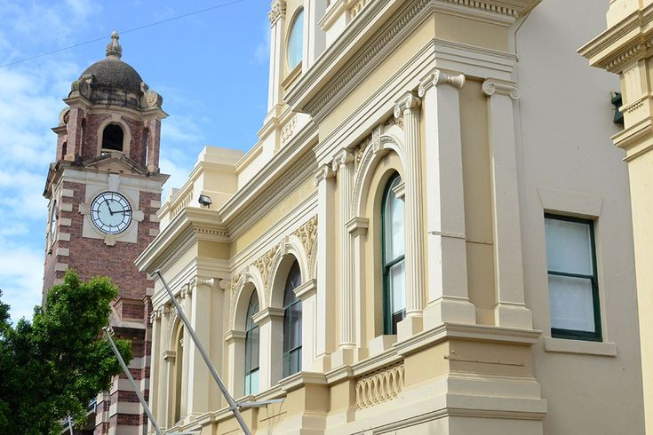 The Post Office's clock tower has been giving locals the right time since 1901, while the Town Hall was originally a School of Arts back in 1861.