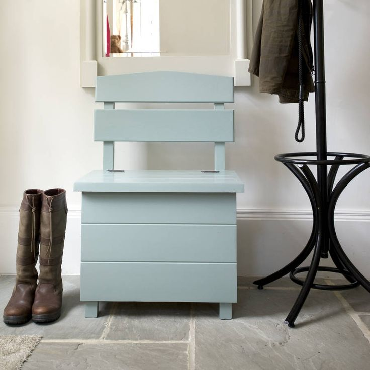 """Made from thick Canadian pine, this Single Seat Heart Hall Storage Bench with heart detailing is a charming and practical rustic addition to your home<strong>Choice of Farrow & Ball colours available: Antique White, House White, Mizzle, Blue Green , Blue Grey, Skimming Stone, Lamp Room Grey, Blackened, or a Conker Wood stain</strong> <strong>If you'd like to see a painted sample of any of our colours just let us know via the """"Ask Seller A Question"""" button</strong> <strong>NB: An alternative…"""