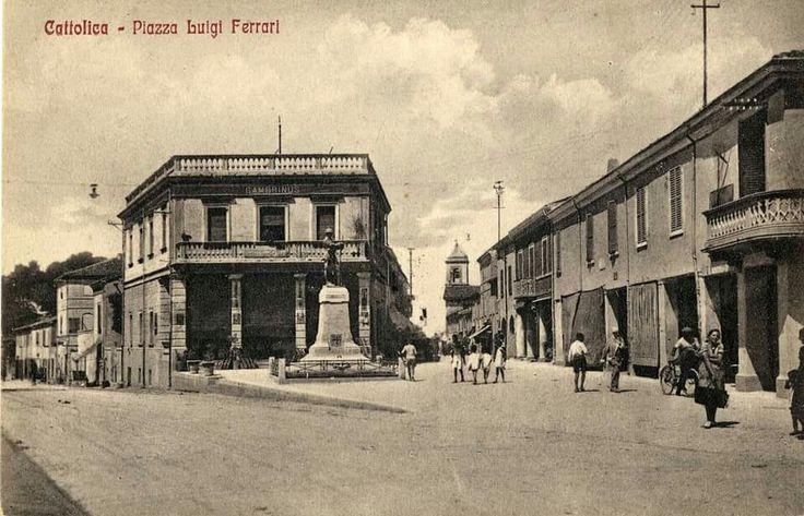 Piazza Filippini, Cattolica (centro Storico)