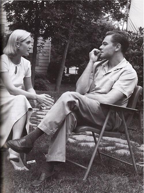 Leonardo Di Caprio and Kate Winslet in Revolutionary Road