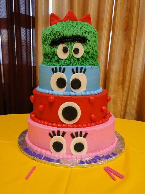 Cake at a Yo Gabba Gabba Party #yogabbagabba #party