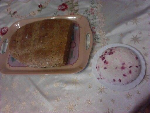 Sajt és a kenyér