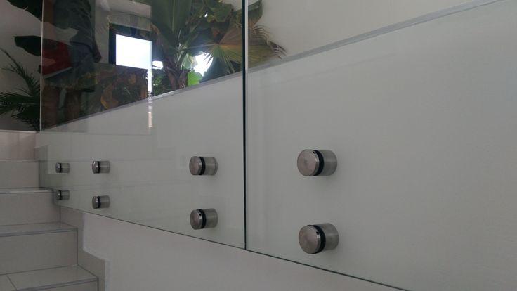 samonosné body pre sklenené zábradlia