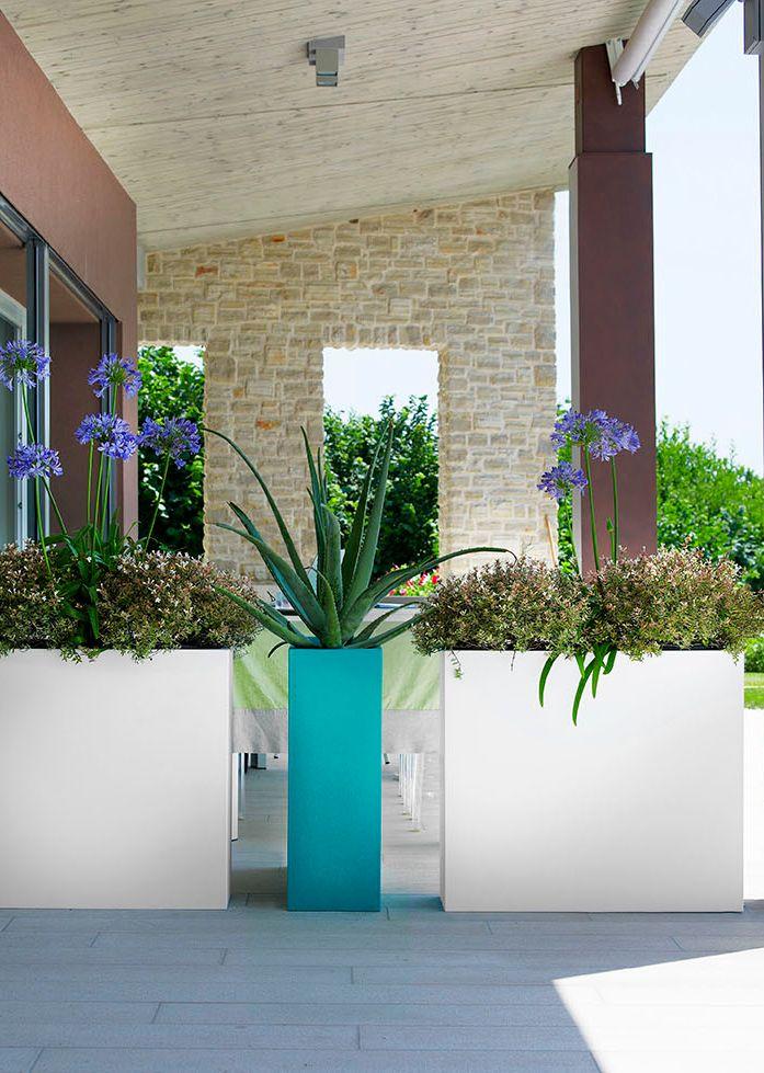 Oana M. Roman: Cateva idei pentru amenajarea unei terase moderne