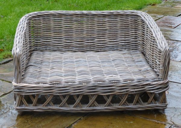 Raised Rattan Dog Bed - New pictures at catsandcanines.co.uk