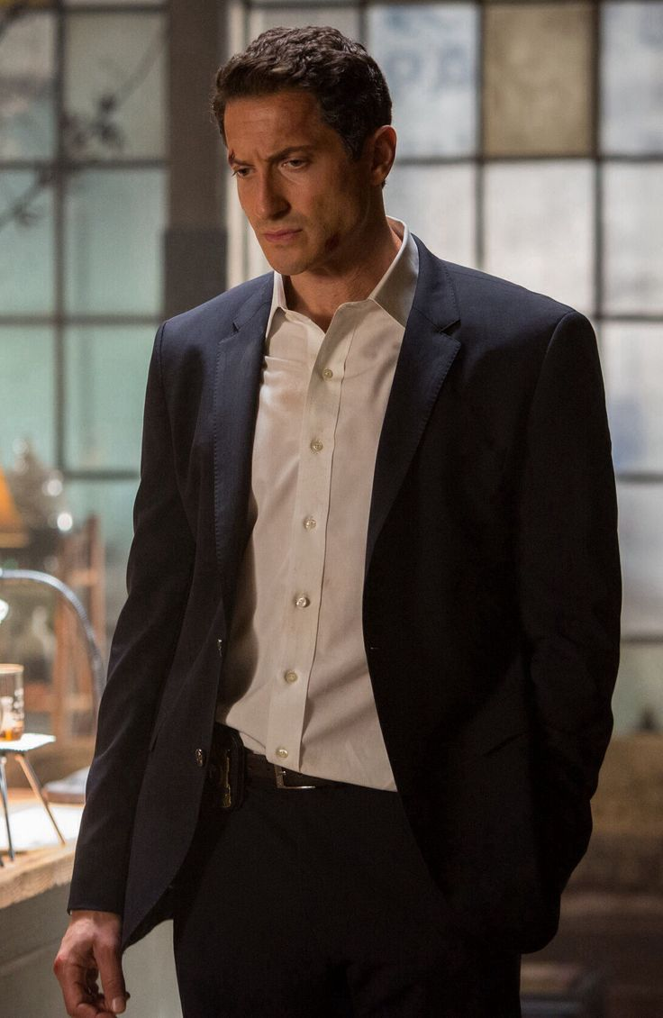 Sasha Roiz as Roarke - He's as couple inches taller but besides that he'd work!!