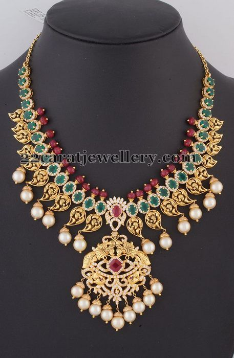 Jewellery Designs: Mango Necklace with Large Emeralds