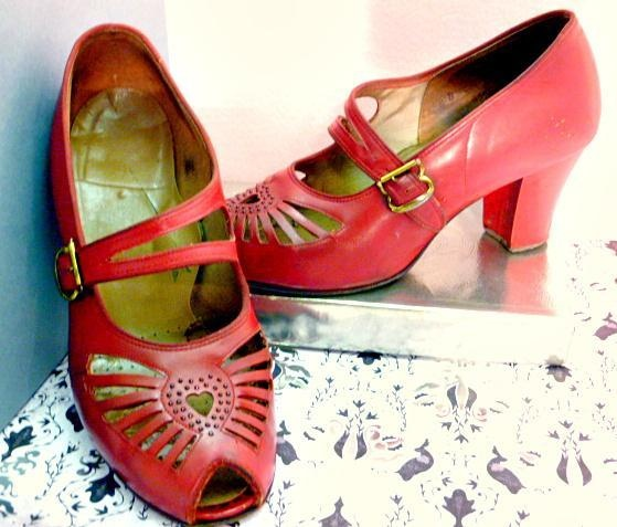 Vintage 1940's Red Open Toe Shoes with Heart Cut Out | eBay