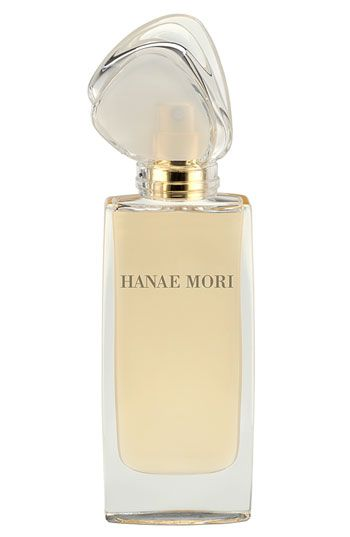 Hanae Mori~Notes: bilberry, blackberries, blackcurrant buds, strawberry, jasmine, peony, rose, ylang-ylang, cedar wood, raspberry tree, rosewood, sandalwood, wood.