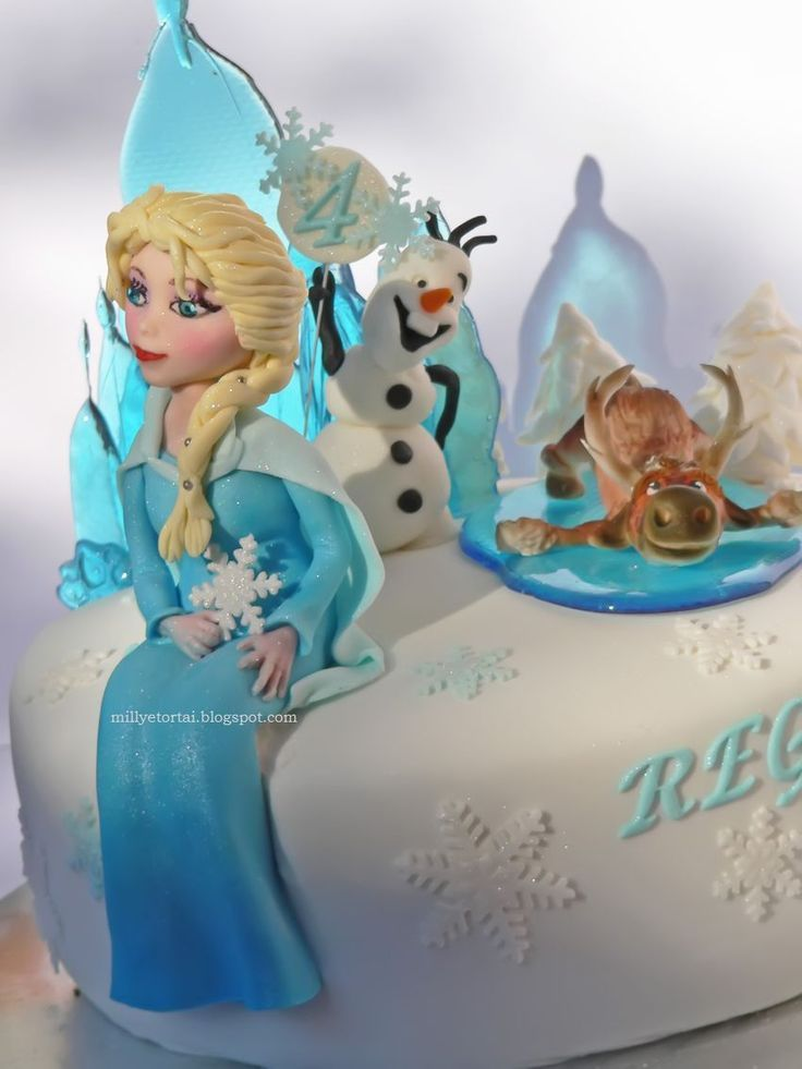 Frozen cake. Gumpaste Elsa, Olaf, Swen  :)