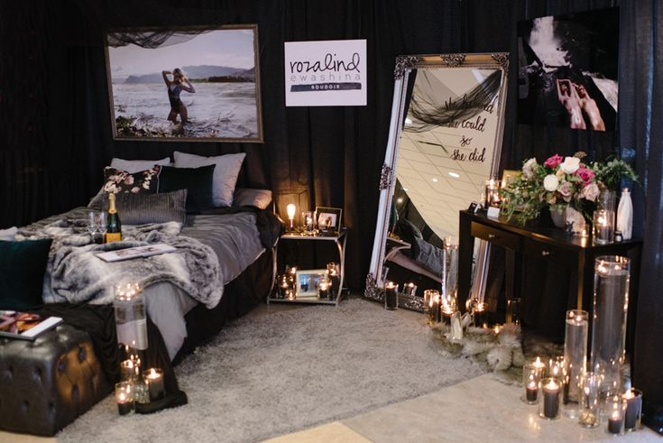 Kamloops Bridal Fair 2018 Boudoir Booth Dark and Sexy Candles Grey, Black, Mirror, Expensive, High end fur, pillows, intimate, portraiture, amazing, top rated boudoir