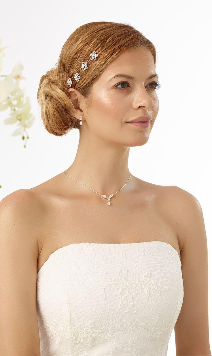 sparkling curlies 316 from Bianco Evento #biancoevento #hairstyles #weddingaccessories #hairjewellery #weddingideas #bridetobe