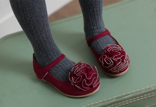 Korea children's No.1 Shopping Mall. EASY & LOVELY STYLE [COOKIE HOUSE] Syawi Suede Shoes / Size : 140-225 / Price : 40.45 USD #cute #koreakids #kids #kidsfashion #adorable #COOKIEHOUSE #OOTD #shoes #suede