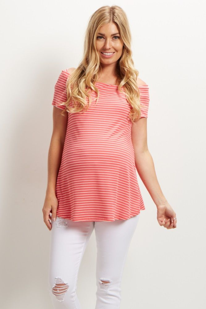 Show a little skin in the classiest way with this maternity top. A chic off shoulder style that is one of the season's hottest trends, and a striped print with ribbed detail. Wear this top with maternity shorts and strappy sandals for a complete look.