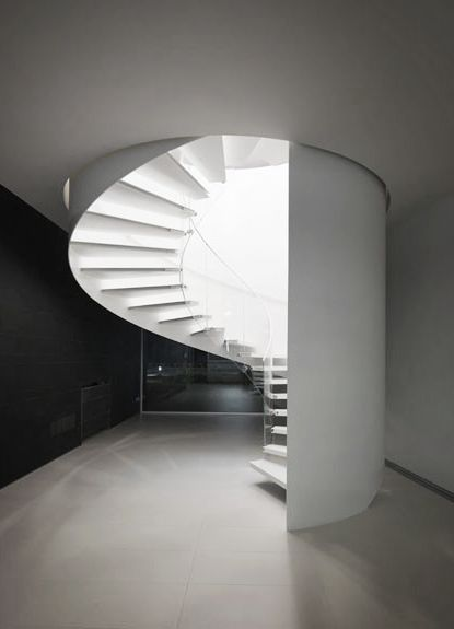 repinned by http://www.streetarticles.com/about/rob-goddard/39075 pictures of amazing architecture.