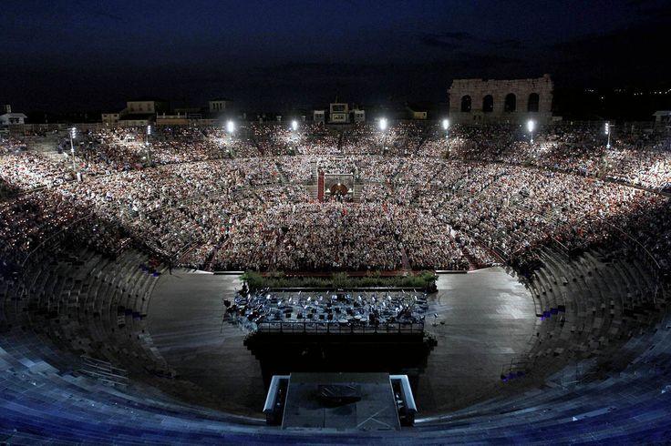 Arena di Verona - das Opernfestival - Italien, Musik, Kultur - http://www.pureglam.tv/2014/08/10/arena-di-verona-das-opernfestival-italien-musik-kultur/ -#Aida, #ArenaDiVerona, #Carmen, #CarminaBurana, #Musical, #Oper, #RomeoUndJulia, #Shakespeare, #Verona