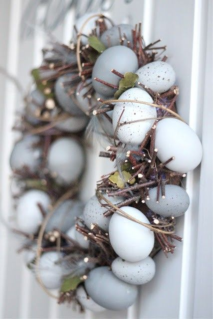 Rustic 2015 easter egg wreath, DIY 2015 easter egg decoration, 2015 easter holiday ideas