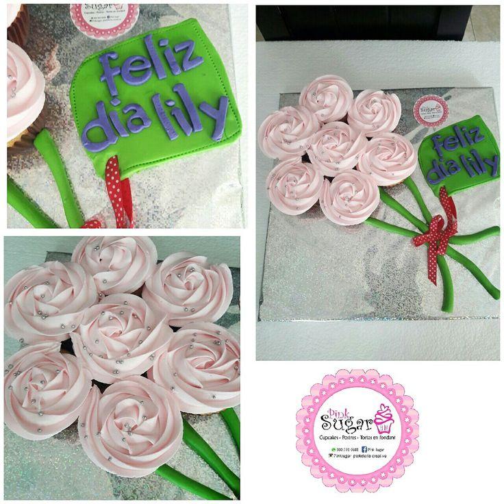 P242 rosecake dia de la madre. pinksugar#pinksugar #cupcakes  #barranquilla #pasteleria #reposteriacreativa #tortas #fondant #reposteriabarranquilla #happybirthday  #vainilla  #cake #baking  #galletas #cookies  #buttercream #vainilla  #oreo  #cupcakesbarranquilla #brownie #brownies #chocolate #rosecake