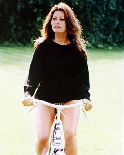 Bicycle Celebrities Famous People riding bicycles Sophie Loren #eSpokes #bikes #electricbikes