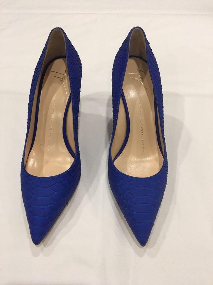 Giuseppe Zanotti blue classic Stiletto Pumps women python embossed. NWB  #GiuseppeZanotti #PumpsClassics #