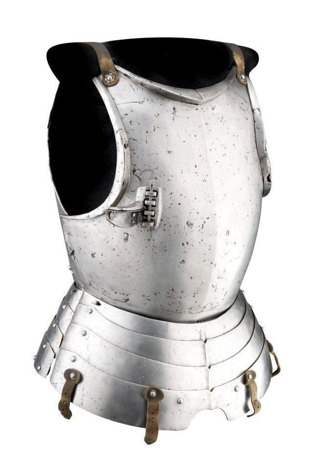 Lock Stock And History Armthearmour A Cavalryman S Cuirass Italy In 2020 Historical Armor Cavalryman Medieval Armor