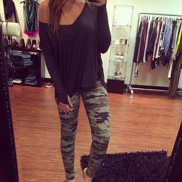 Camo pants & cute top