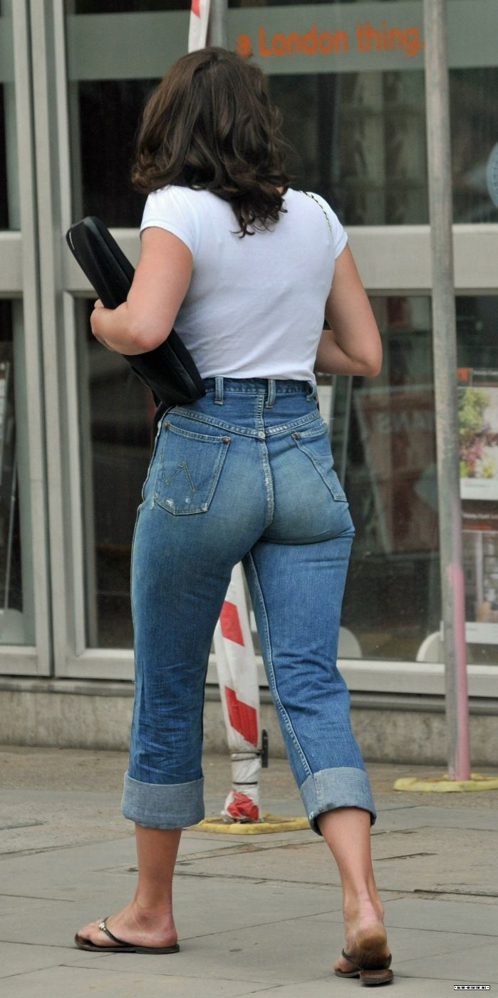 Riverdale star camila mendes shows off her butt