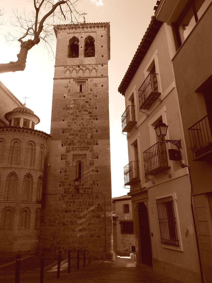 Iglesia de Santa Leocadía. Torre