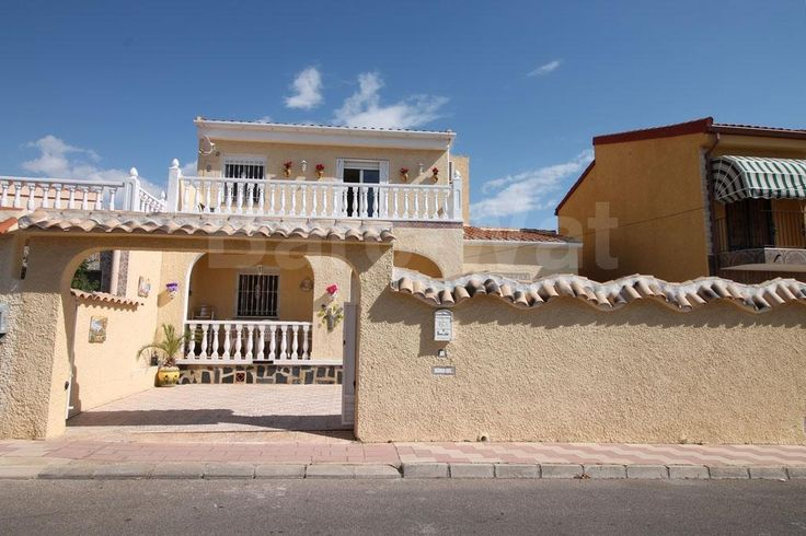 "Property Ref: 4103 Located in the residential area of Urb. La Marina we find this lovely south facing detached model ""Lola"" which has a private swimming pool. The property comprises of bright and spacious living / dining room, fully equipped independent kitchen, a bathroom and three ground floor bedrooms. Stairs then lead up onto the first floor where we find a double bedroom, another living/dining room, kitchen, bathroom and a balcony with views. Price: 175.000€"