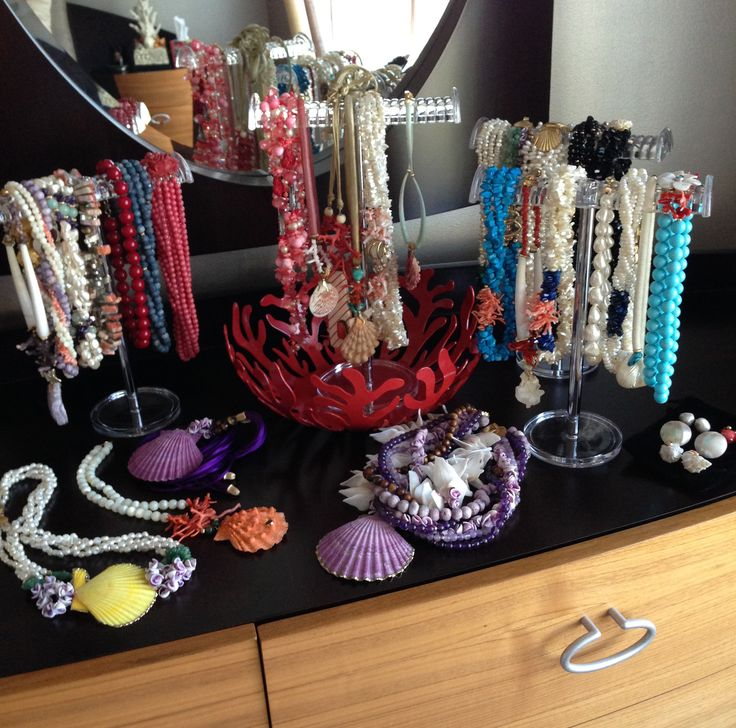 A Fabulous Collection of Helga Wagner designs sent to us from a customer. Fantastic!