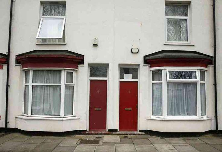 Красные двери в городе Милдсборо как мишень для националистов http://apral.ru/2017/04/25/krasnye-dveri-v-gorode-mildsboro-kak-mishen-dlya-natsionalistov/  Лица, ищущие убежища в северном английском городе считают, что они становятся легкой добычей для расистских оскорблений, потому что они были [...]
