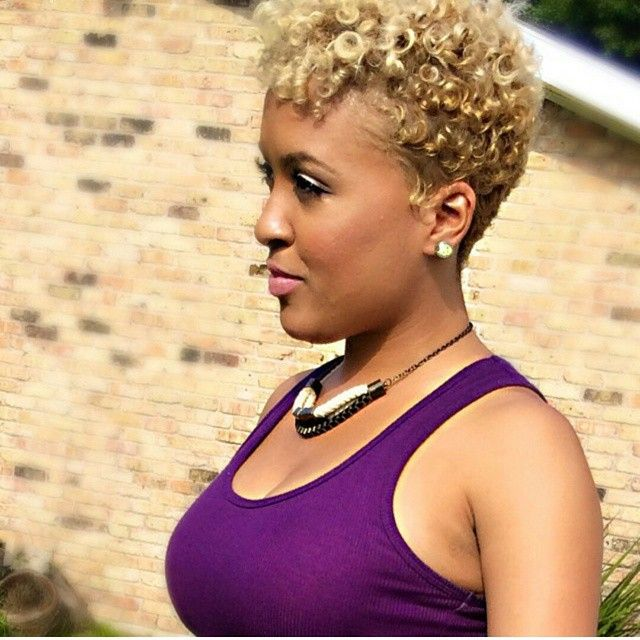 Short Natural Hairstyles With Color: Best 25+ Blonde Twa Ideas On Pinterest