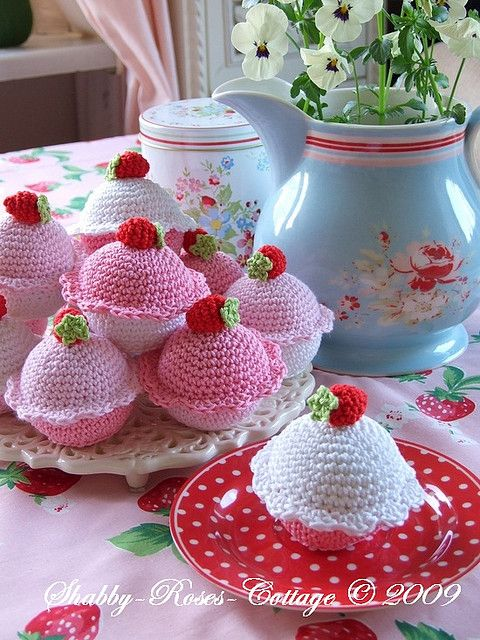 Crochet cupcakes? I know a little girl who would love her Auntie Cupcake to make her one!