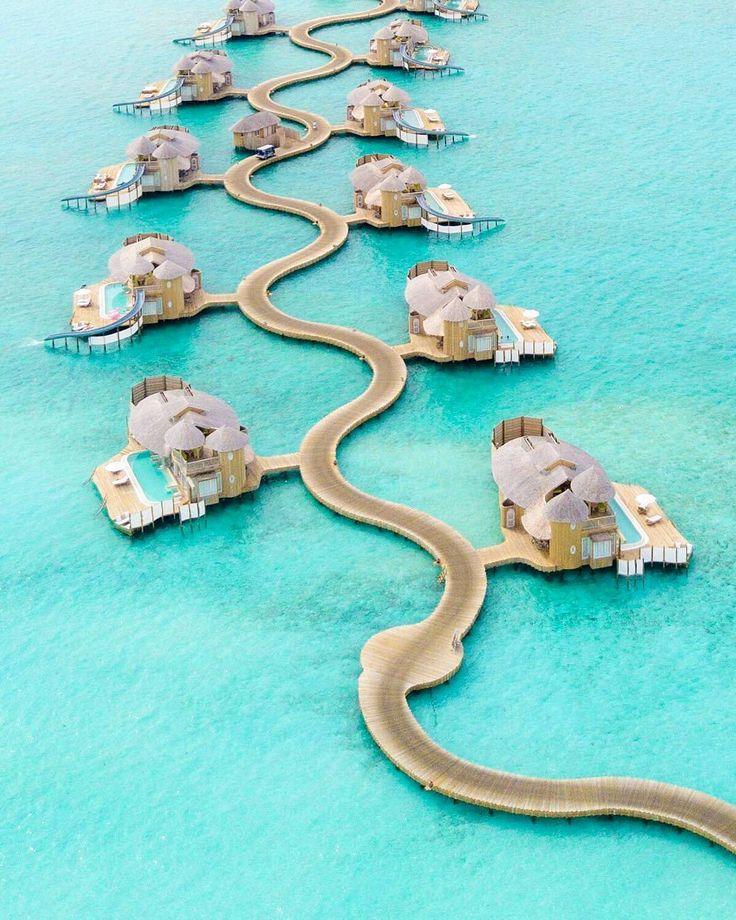 いいね!9,175件、コメント172件 ― Maldivesさん(@omaldives)のInstagramアカウント: 「Soneva Jani #Maldives Photo @nodestinations @discoversoneva #nichegetaways #view #summertime…」