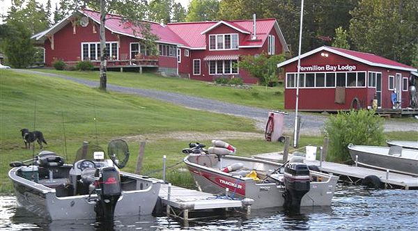 85 best sunset country accommodations images on pinterest for Best canadian fishing lodges