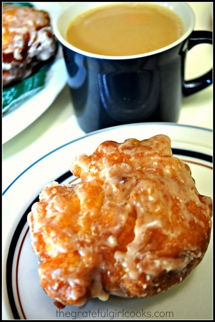 Amish apple fritters: on the quest for Mr. Uglees