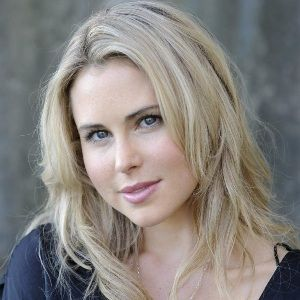 Anna Hutchison (New Zealand, Film Actress) was born on 08-02-1986.  Get more info like birth place, age, birth sign, biography, family, relation & latest news etc.