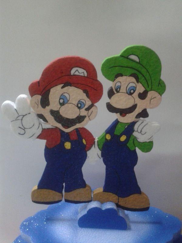Motivo de torta con Luigi y Mario para una temática de Vídeo Juegos. #DecoracionesFiestas #FiestasInfantiles
