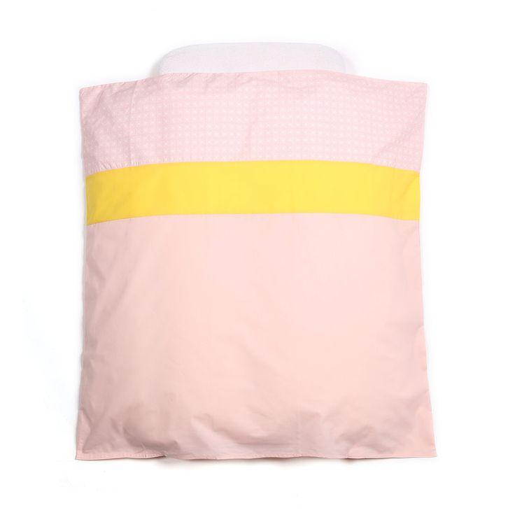 Meer dan 1000 idee n over roze geel op pinterest geel dekbedovertrekken en ontwerp - Roze kleine kamer ...