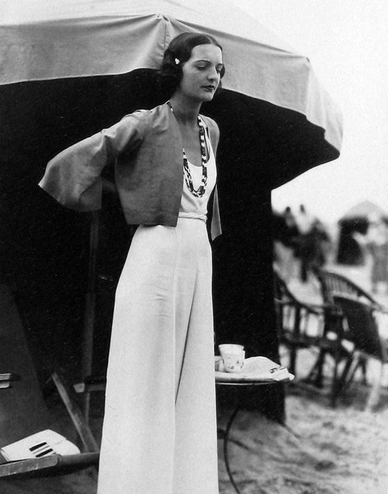 Inspiration: 1930s Seeberger Style....i love every single thing about this outfit & her hair