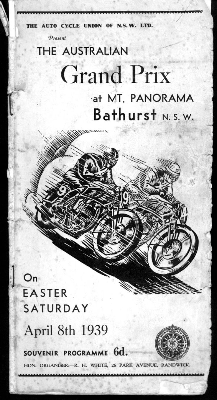 The 1939 Australian GP motorcycle races on the Mt.Panorama circuit at Bathurst